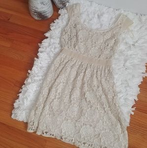 American Eagle Ivory Lace dress- Gently Used